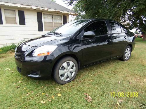 Photo Image Gallery & Touchup Paint: Toyota Yaris in Black Sand Pearl  (209)  YEARS: 2007-2011