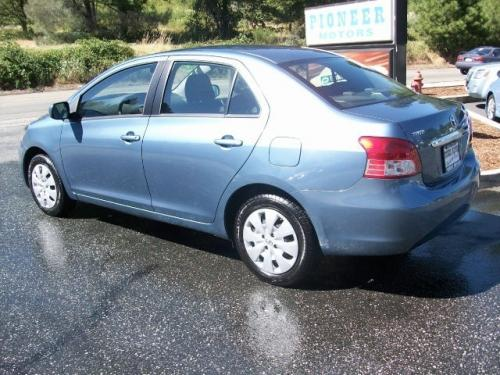 Photo Image Gallery & Touchup Paint: Toyota Yaris in Pacific Blue Metallic  (8R3)  YEARS: 2007-2012