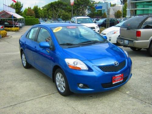 Photo Image Gallery & Touchup Paint: Toyota Yaris in Blue Streak Metallic  (8T7)  YEARS: 2009-2010