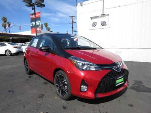 Photo Image Gallery & Touchup Paint: Toyota Yaris in Blacksand On Barcelonared  (2NU)  YEARS: 2016-2017