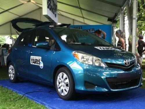 Photo Image Gallery & Touchup Paint: Toyota Yaris in Lagoon Blue Mica  (788)  YEARS: 2012-2014
